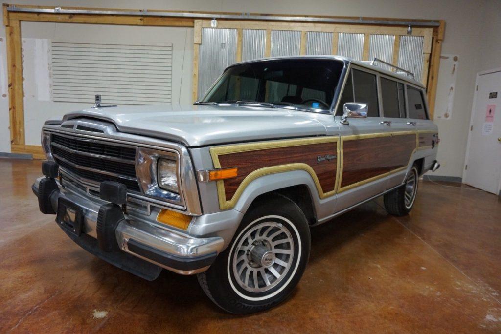1990 Jeep Wagoneer for sale