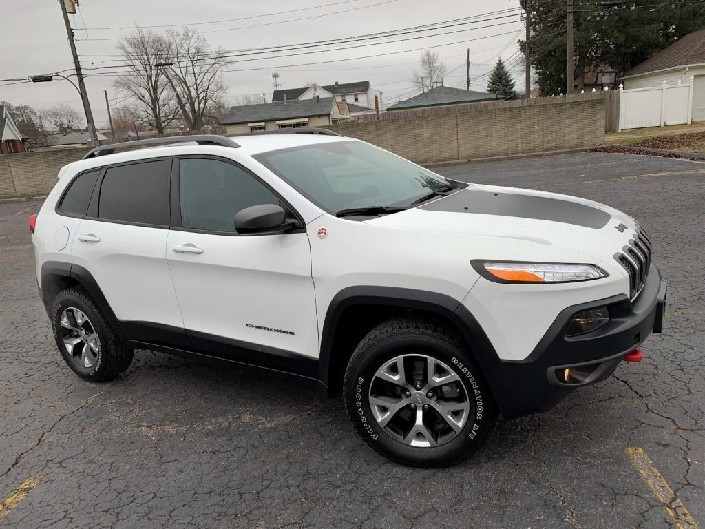 2016 Jeep Cherokee Trailhawk 4×4 Select TERRAIN