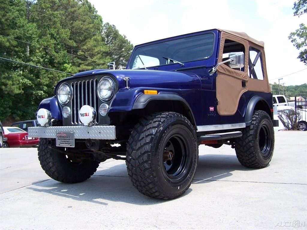 1980 Jeep CJ 4X4 CJ 7 LEVI TRIM PKG 2.5L 4CYL 4 SPD Restored Driver TRAIL
