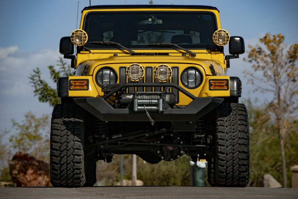 2004 Jeep Wrangler ONE Owner   PRO COMP Modified Lifted RUBICON