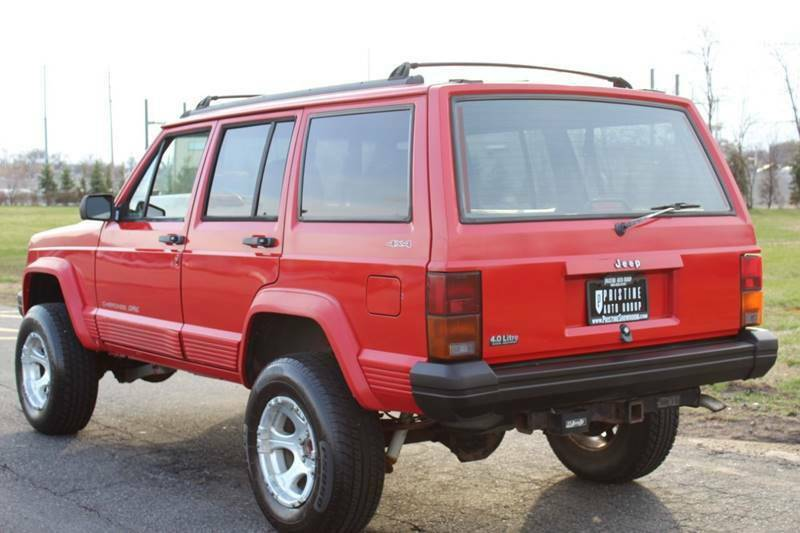 1996 Jeep Cherokee Classic edition