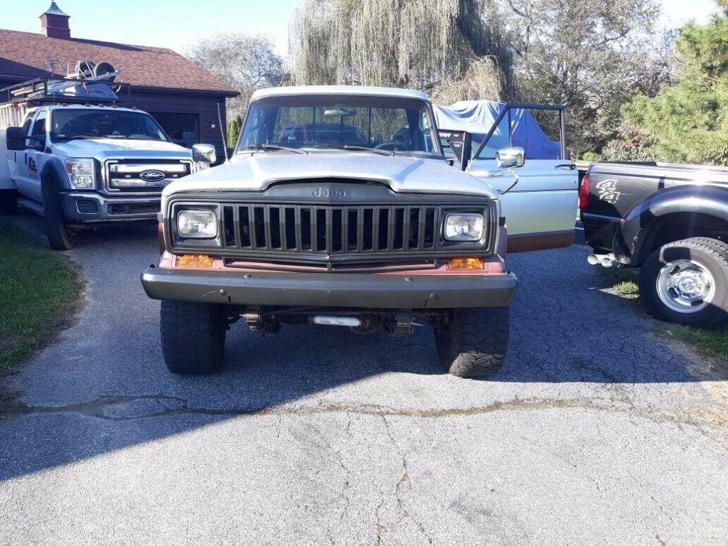 1983 Jeep J10 PICKUP