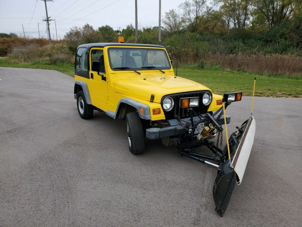 1998 Jeep Wrangler Plow for sale
