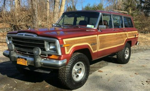 1985 Jeep  Grand Wagoneer LIMITED for sale