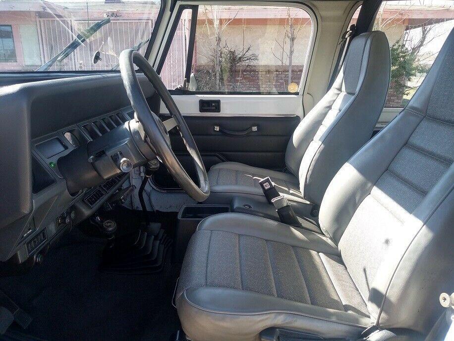 1992 Jeep Wrangler Sport YJ