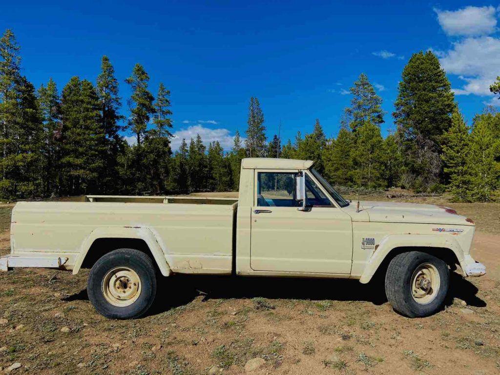 1968 Jeep J3000 Pickup