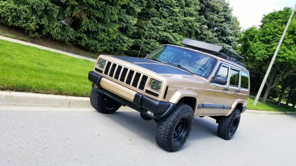 1999 Jeep Cherokee Lifted XJ! 4×4! for sale