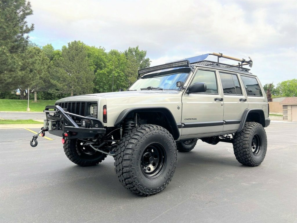 2001 Jeep Cherokee XJ   Super Clean