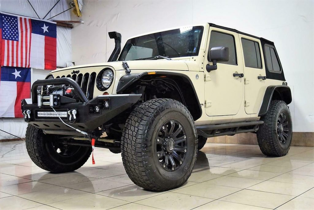 2011 Jeep Wrangler Sahara Lifted 4X4 OFFROADING for sale