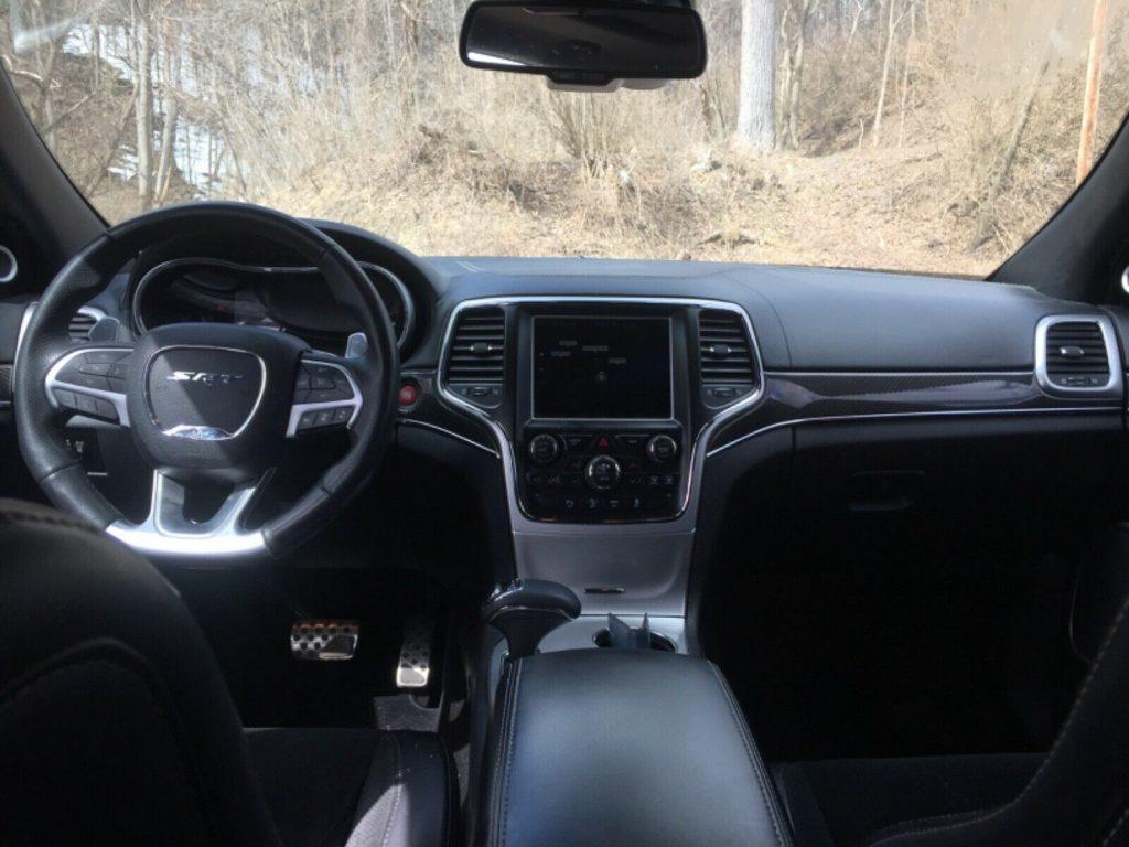 2014 Jeep Grand Cherokee SRT 8 6.4L Carbon