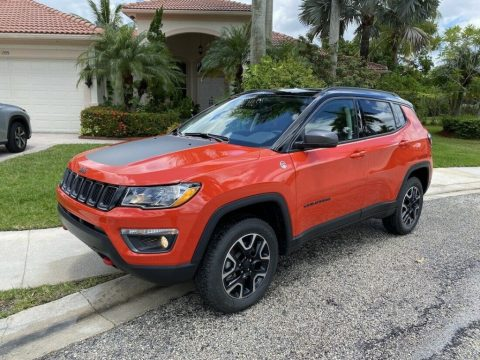 2018 Jeep Compass Trailhawk, 4×4 *LOW MILES! for sale