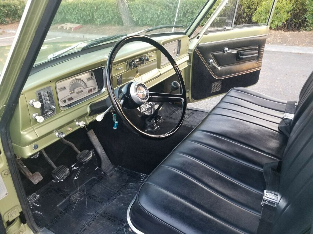 1968 Jeep Wagoneer