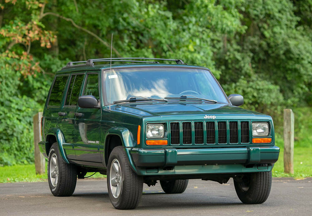 1999 Jeep Cherokee Classic Sport 4 Door 4.0L L6 Rare for sale