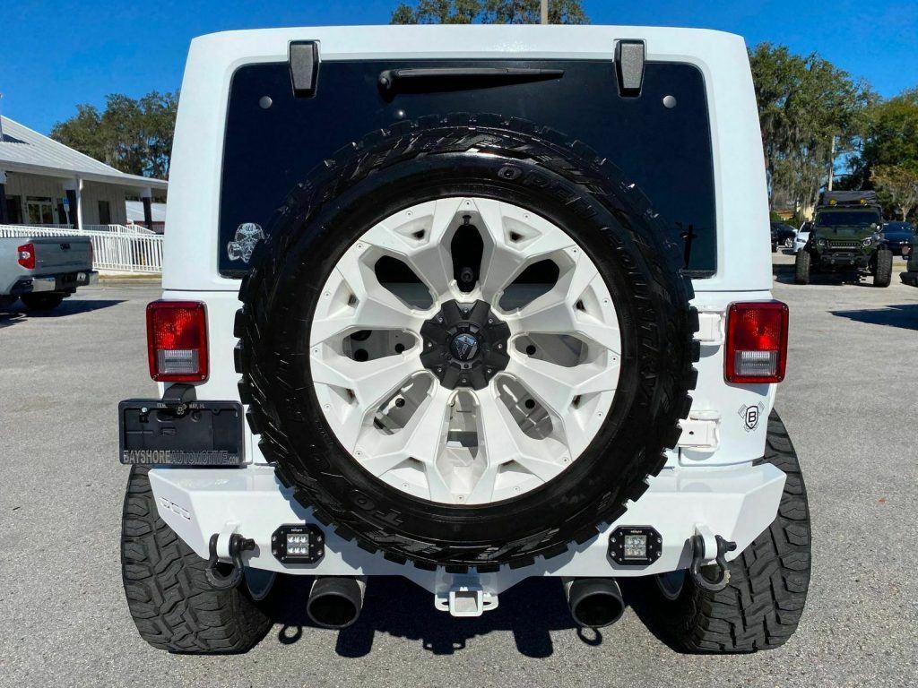 2017 Jeep Wrangler Custom Lifted Whiteout Leather OCD4X4.COM