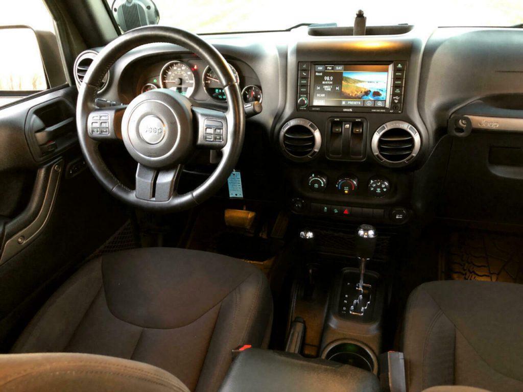 2015 Jeep Wrangler 4WD 2dr Willys Wheeler