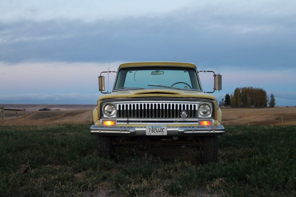 1972 Jeep J2000 custom