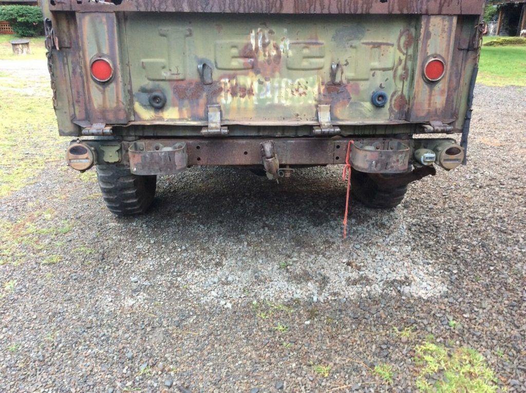 1968 Jeep 715  Truck