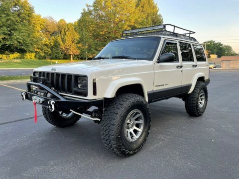 2001 Jeep Cherokee XJ   Super Clean   LOADED!! for sale